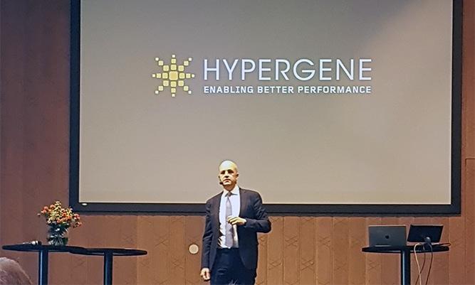 Som gästföreläsare var Fredrik Reinfeldt inbjuden som pratade om nutid och framtid i världsläget.