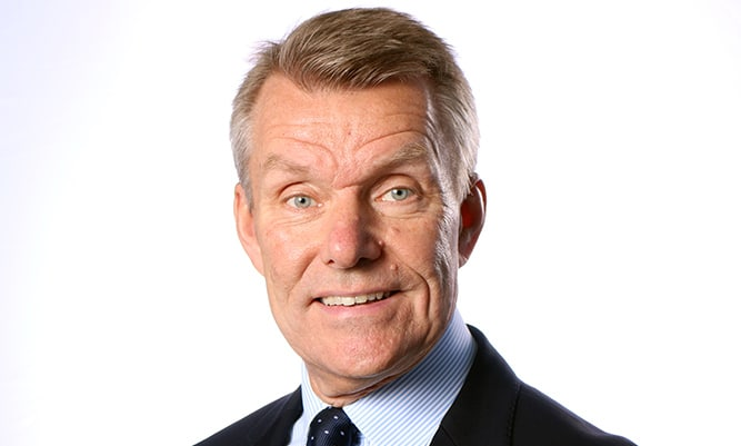 Lars-Eric Aaro är en auktoritet inom gruvindustrin med bl a sex år som koncernchef för LKAB bakom sig. Numera återfinns han som leverantör till gruvindustrin med uppdrag som försäljningsdirektör på ÅF och har även en rad tunga styrelseposter. Han är styrelseledamot på Wibax samt hedersdoktor vid Luleå Tekniska Universitet.