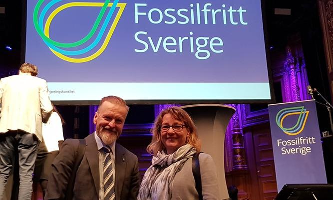 På plats i Stockholm finns Fredrik Lundqvist, Wibax Biofuels, här tillsammans med Agneta Wannerström Skanska Sverige.