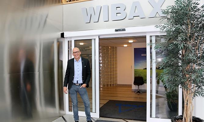 - Sett till biooljeförsäljning under 2018 så har vi bidragit till att kunderna minskat sitt fossila CO2-utsläpp med totalt cirka 238000 ton, säger David Wiklund, Managing Director, Wibax Biofuels.