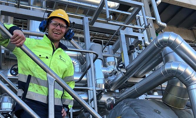Andreas Bäckström, Produktionstekniker på Sunpine.